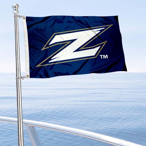 Akron Zips Boat and Mini Flag is 12x18 inches, polyester, offers quadruple stitched flyends for durability, has two metal grommets, and is double sided. Our mini flags for Akron Zips are licensed by the university and NCAA and can be used as a boat flag, motorcycle flag, golf cart flag, or ATV flag.