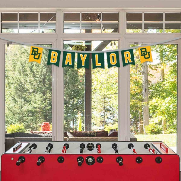 Baylor Bears Small Banner String Pennant Flags are 8 feet in total length, are made of thick felt polyester, includes 4x6 inch banner streamers, and the logos are screen printed one one side. Each is Offically Licensed.