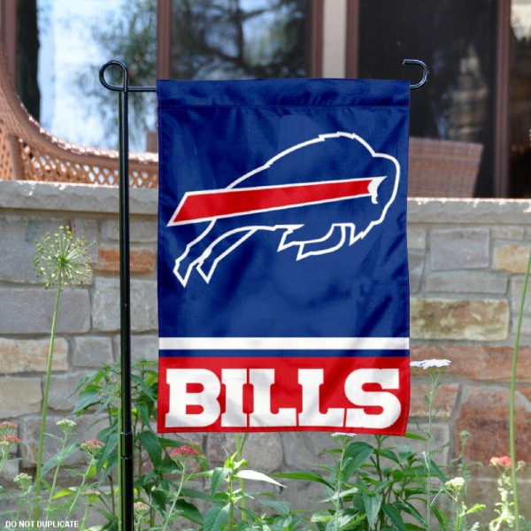 Buffalo Bills Garden Flag is 12.5x18 inches in size, is made of 2-ply polyester, and has two sided screen printed logos and lettering. Available with Express Next Day Ship, our Buffalo Bills Garden Flag is NFL Officially Licensed and is double sided.