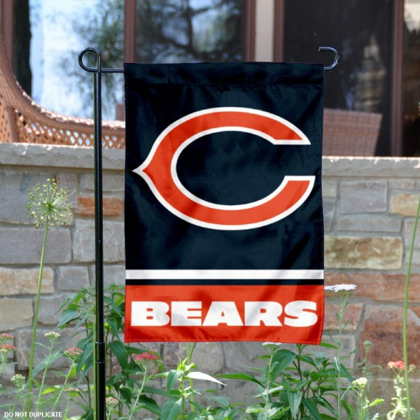 Chicago Bears Garden Flag is 12.5x18 inches in size, is made of 2-ply polyester, and has two sided screen printed logos and lettering. Available with Express Next Day Ship, our Chicago Bears Garden Flag is NFL Officially Licensed and is double sided.