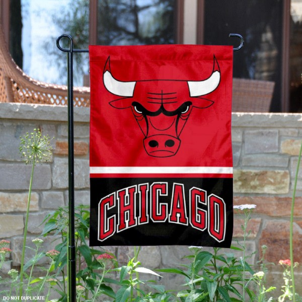 Chicago Bulls Garden Flag is 12.5x18 inches in size, is made of 2-ply polyester, and has two sided screen printed logos and lettering. Available with Express Next Day Shipping, our Chicago Bulls Garden Flag is NBA Genuine Merchandise and is double sided.