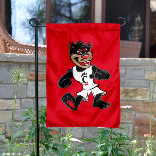 Cincinnati Bearcats Mascot Garden Flag is 13x18 inches in size, is made of 2-layer polyester, screen printed University of Cincinnati athletic logos and lettering. Available with Same Day Express Shipping, Our Cincinnati Bearcats Mascot Garden Flag is officially licensed and approved by University of Cincinnati and the NCAA.