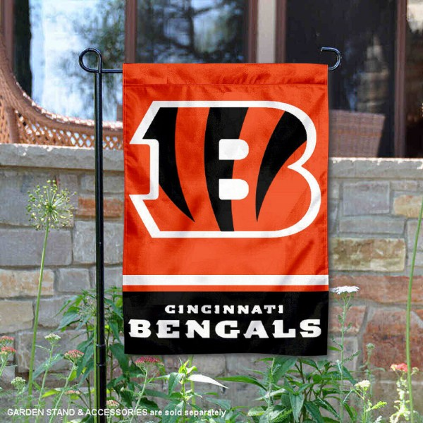Cincinnati Bengals Garden Flag is 12.5x18 inches in size, is made of 2-ply polyester, and has two sided screen printed logos and lettering. Available with Express Next Day Ship, our Cincinnati Bengals Garden Flag is NFL Officially Licensed and is double sided.