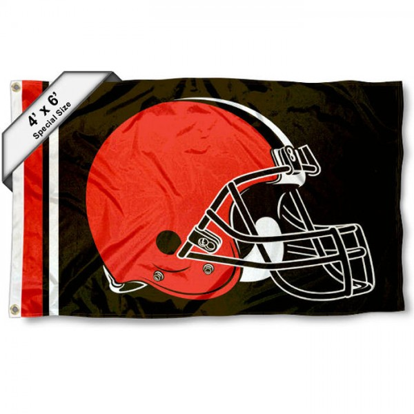 Cleveland Browns 4x6 Flag measures a large 4x6 feet, is made polyester, has quadruple stitched flyends, two metal grommets, and offers screen printed NFL Cleveland Browns logos and insignias. Our Cleveland Browns 4x6 Foot Flag is NFL Officially Licensed and Cleveland Browns approved.