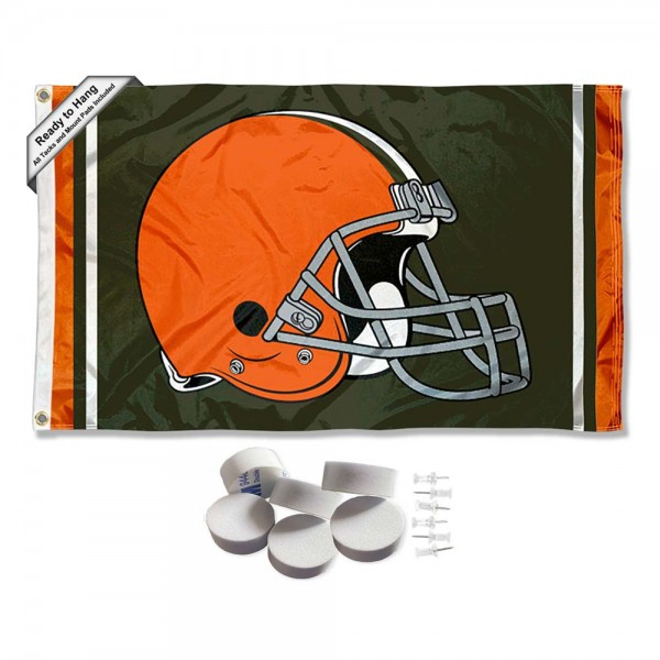 Our Cleveland Browns Banner Flag with Tack Wall Pads is double sided, made of poly, 3'x5', has two metal grommets, indoor or outdoor, and four-stitched fly ends. These Cleveland Browns Banner Flag with Tack Wall Padss are Officially Approved by the Cleveland Browns. Tapestry Wall Hanging Tack Pads which include a 6 pack of banner display pads with 6 tacks allowing you to hang your pennant on any wall damage-free.
