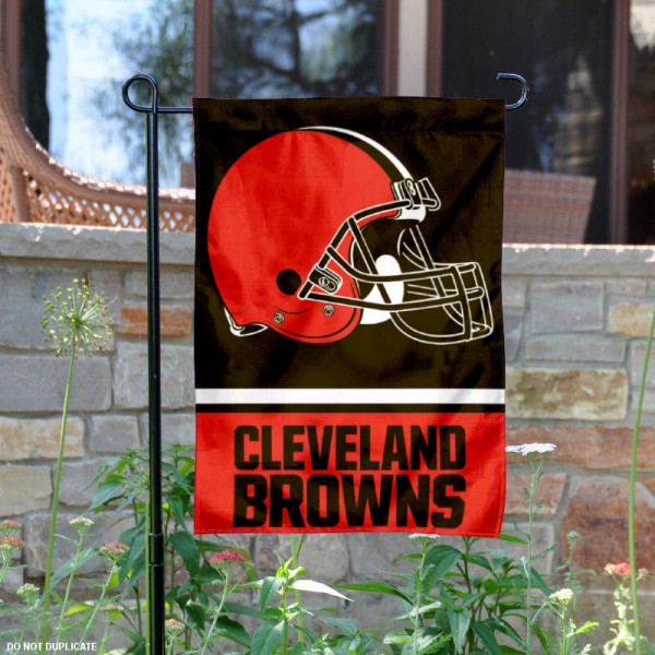 Cleveland Browns Garden Flag is 12.5x18 inches in size, is made of 2-ply polyester, and has two sided screen printed logos and lettering. Available with Express Next Day Ship, our Cleveland Browns Garden Flag is NFL Officially Licensed and is double sided.