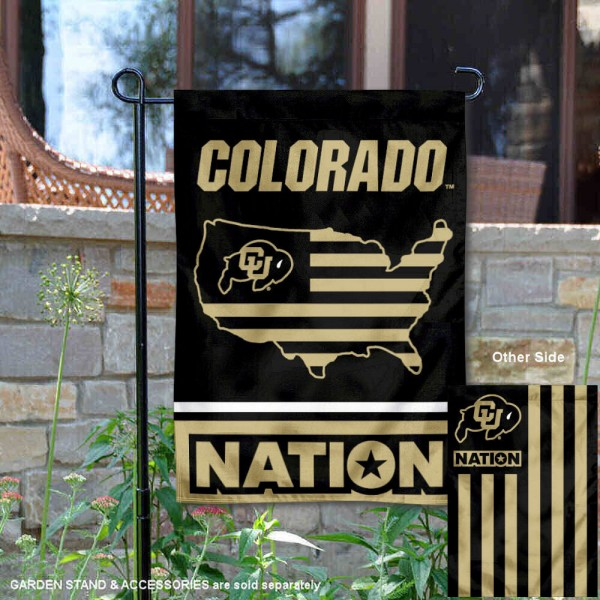 Colorado CU Buffaloes Garden Flag with USA Country Stars and Stripes is 13x18 inches in size, is made of 2-layer polyester, screen printed logos and lettering. Available with Same Day Express Shipping, Our Nation Yard Flag is officially licensed and approved by the NCAA.