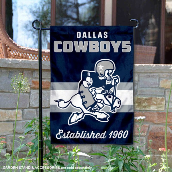 Dallas Cowboys Throwback Logo Double Sided Garden Flag Flag is 12.5x18 inches in size, is made of 2-ply polyester, and has two sided screen printed logos and lettering. Available with Express Next Day Ship, our Dallas Cowboys Throwback Logo Double Sided Garden Flag Flag is NFL Officially Licensed and is double sided.