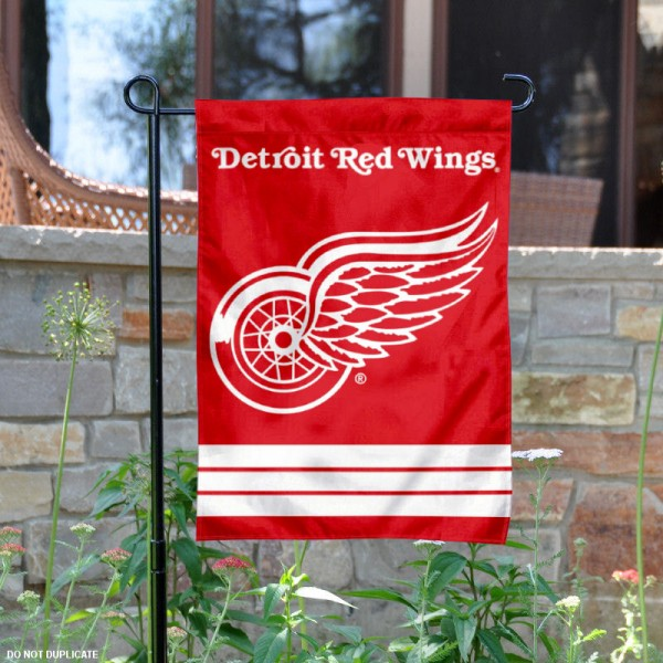 Detroit Red Wings Garden Flag is 12.5x18 inches in size, is made of 2-ply polyester, and has two sided screen printed logos and lettering. Available with Express Next Day Ship, our Detroit Red Wings Garden Flag is NHL Officially Licensed and is double sided.