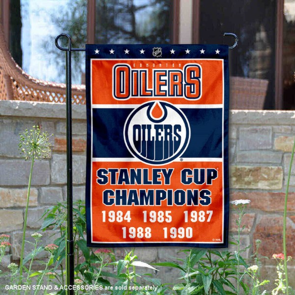 Edmonton Oilers 5 Time Stanley Cup Champions Garden Flag is 12.5x18 inches in size, is made of 2-ply polyester, and has two sided screen printed logos and lettering. Available with Express Next Day Ship, our Edmonton Oilers 5 Time Stanley Cup Champions Garden Flag is NHL Officially Licensed and is double sided.