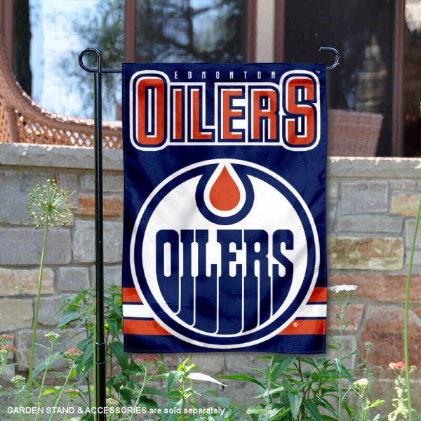Edmonton Oilers Garden Flag is 12.5x18 inches in size, is made of 2-ply polyester, and has two sided screen printed logos and lettering. Available with Express Next Day Ship, our Edmonton Oilers Garden Flag is NHL Officially Licensed and is double sided.
