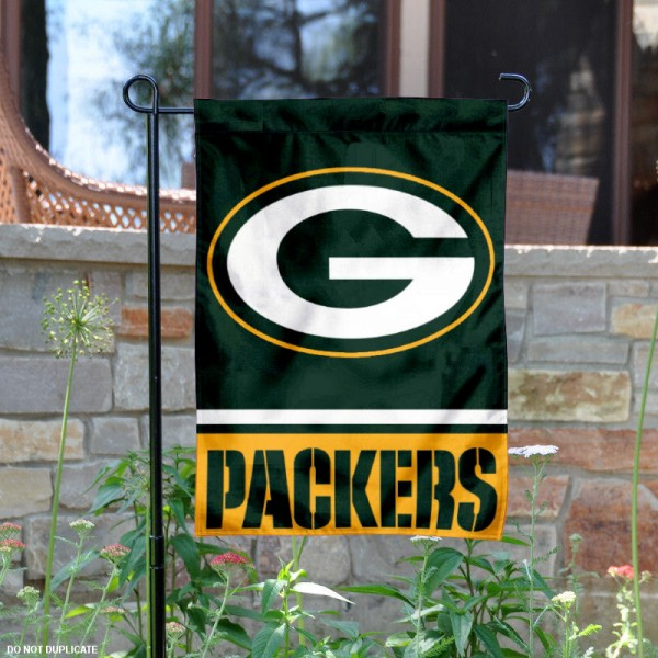 Green Bay Packers Garden Flag is 12.5x18 inches in size, is made of 2-ply polyester, and has two sided screen printed logos and lettering. Available with Express Next Day Ship, our Green Bay Packers Garden Flag is NFL Officially Licensed and is double sided.