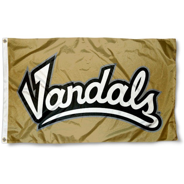 Idaho Vandals Wordmark Flag measures 3'x5', is made of 100% poly, has quadruple stitched sewing, two metal grommets, and has double sided University of Idaho logos. Our Idaho Vandals Wordmark Flag is officially licensed by the selected university and the NCAA