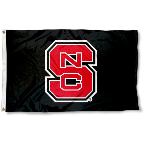 NC State Black 3x5 Flag measures 3'x5', is made of 100% poly, has quadruple stitched sewing, two metal grommets, and has double sided Team University logos. Our Wolfpack 3x5 Flag is officially licensed by the selected university and the NCAA.