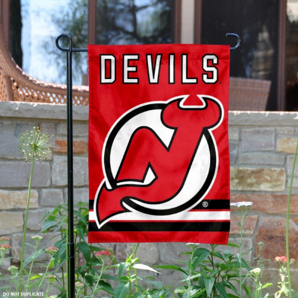 New Jersey Devils Garden Flag is 12.5x18 inches in size, is made of 2-ply polyester, and has two sided screen printed logos and lettering. Available with Express Next Day Ship, our New Jersey Devils Garden Flag is NHL Officially Licensed and is double sided.