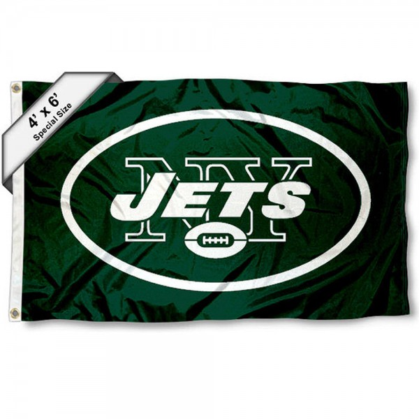 New York Jets 4x6 Flag measures a large 4x6 feet, is made polyester, has quadruple stitched flyends, two metal grommets, and offers screen printed NFL New York Jets logos and insignias. Our New York Jets 4x6 Foot Flag is NFL Officially Licensed and New York Jets approved.