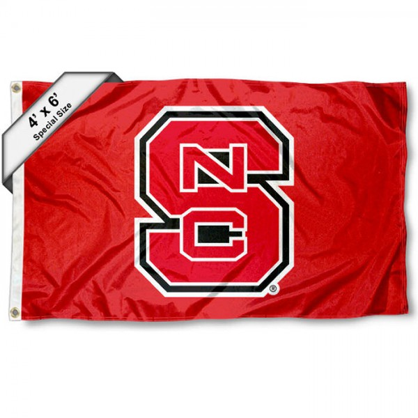 North Carolina State University Large 4x6 Flag measures 4x6 feet, is made thick woven polyester, has quadruple stitched flyends, two metal grommets, and offers screen printed NCAA North Carolina State University Large athletic logos and insignias. Our North Carolina State University Large 4x6 Flag is officially licensed by North Carolina State University and the NCAA.