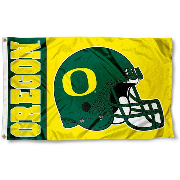 Oregon Ducks College Football Flag measures 3x5 feet, is made of 100% polyester, offers a double stitched perimeter, has two metal grommets, and offers dye sublimated NCAA team logos and insignias. Our Oregon Ducks College Football Flag is officially licensed by the selected university and NCAA
