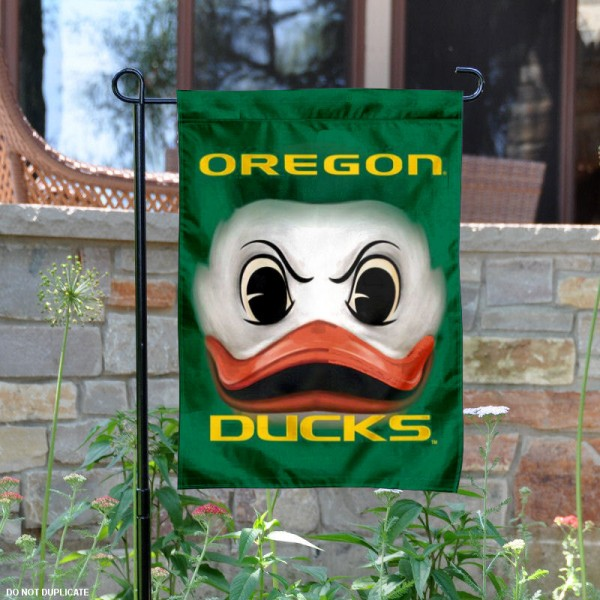 Oregon Ducks Logo Garden Flag is 13x18 inches in size, is made of 2-layer polyester, screen printed Oregon Ducks Bay athletic logos and lettering. Available with Same Day Express Shipping, Our Oregon Ducks Logo Garden Flag is officially licensed and approved by Oregon Ducks Bay and the NCAA.