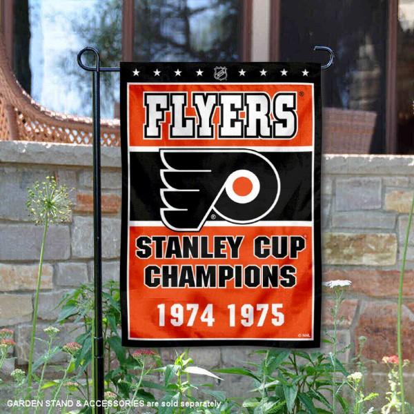 Philadelphia Flyers 2 Time Stanley Cup Champions Garden Flag is 12.5x18 inches in size, is made of 2-ply polyester, and has two sided screen printed logos and lettering. Available with Express Next Day Ship, our Philadelphia Flyers 2 Time Stanley Cup Champions Garden Flag is NHL Officially Licensed and is double sided.