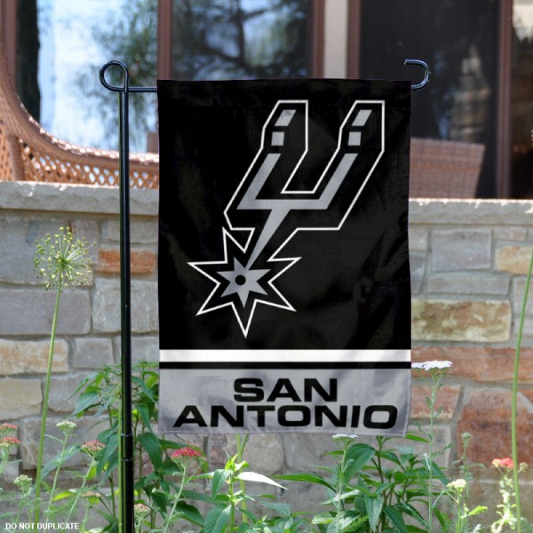 San Antonio Spurs Garden Flag is 12.5x18 inches in size, is made of 2-ply polyester, and has two sided screen printed logos and lettering. Available with Express Next Day Shipping, our San Antonio Spurs Garden Flag is NBA Genuine Merchandise and is double sided.