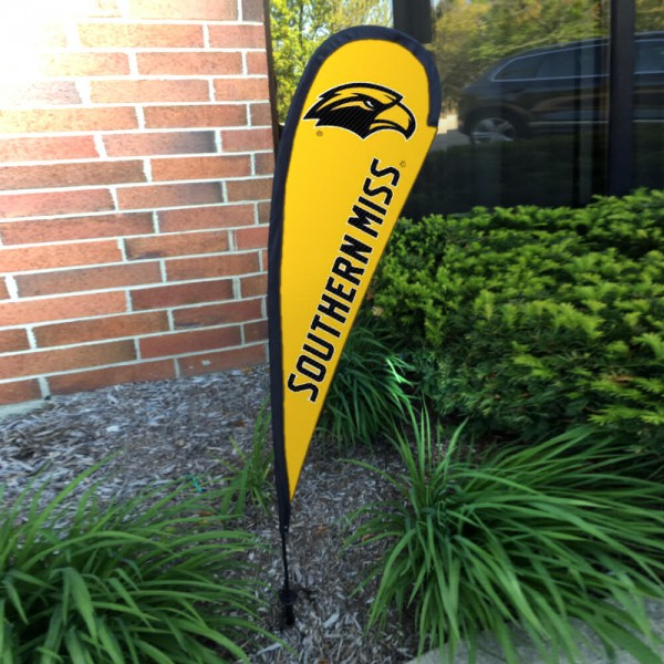 Southern Mississippi Eagles Small Feather Flag measures a 4' tall when fully assembled and roughly 1' wide. The kit includes a Feather Flag, 2 Piece Fiberglass Pole, pole connector, and matching Ground Stake. Our Southern Mississippi Eagles Small Feather Flag easily assembles and is NCAA Officially Licensed by the selected school or university.