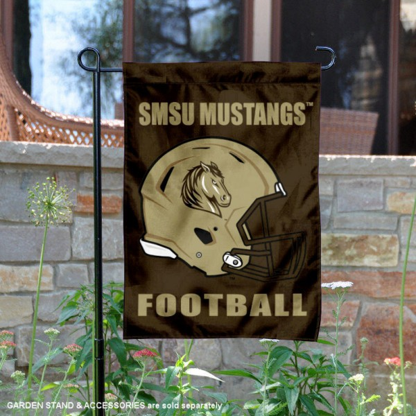 Southwest Minnesota State University Football Helmet Garden Banner is 13x18 inches in size, is made of 2-layer polyester, screen printed Southwest Minnesota State University athletic logos and lettering. Available with Same Day Express Shipping, Our Southwest Minnesota State University Football Helmet Garden Banner is officially licensed and approved by Southwest Minnesota State University and the NCAA.