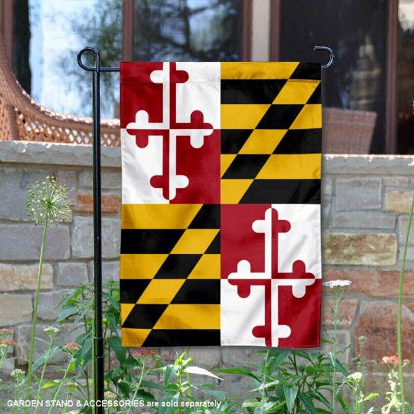 State of Maryland Garden Flag is 13x18 inches in size, is made of thick 1-layer polyester, screen printed logos and lettering, and is viewable on both sides. Available same day shipping, our State of Maryland Garden Flag is a great addition to your decorative garden flag selections.