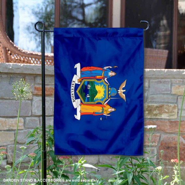 State of New York Garden Flag is 13x18 inches in size, is made of thick 1-layer polyester, screen printed logos and lettering, and is viewable on both sides. Available same day shipping, our State of New York Garden Flag is a great addition to your decorative garden flag selections.