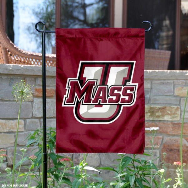 Massachusetts Minutemen Logo Garden Flag is 13x18 inches in size, is made of 2-layer polyester, screen printed Massachusetts Minutemen Bay athletic logos and lettering. Available with Same Day Express Shipping, Our Massachusetts Minutemen Logo Garden Flag is officially licensed and approved by Massachusetts Minutemen Bay and the NCAA.