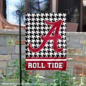 University of Alabama Houndstooth Garden Flag