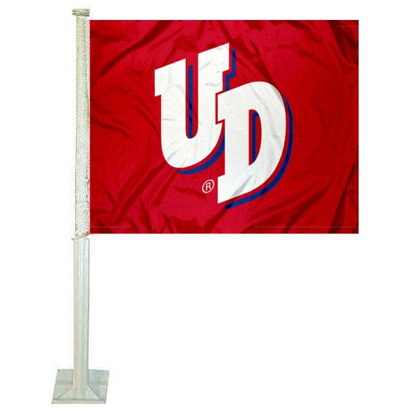 University of Dayton Car Window Flag measures 12x15 inches, is constructed of sturdy 2 ply polyester, and has dye sublimated school logos which are readable and viewable correctly on both sides. University of Dayton Car Window Flag is officially licensed by the NCAA and selected university.