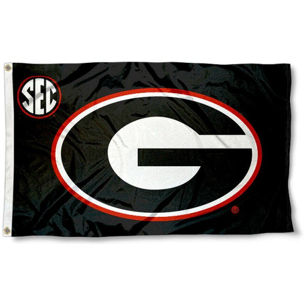 University of Georgia SEC Flag measures 3'x5', is made of 100% poly, has quadruple stitched sewing, two metal grommets, and has double sided Team University logos. Our University of Georgia SEC Flag is officially licensed by the selected university and the NCAA.