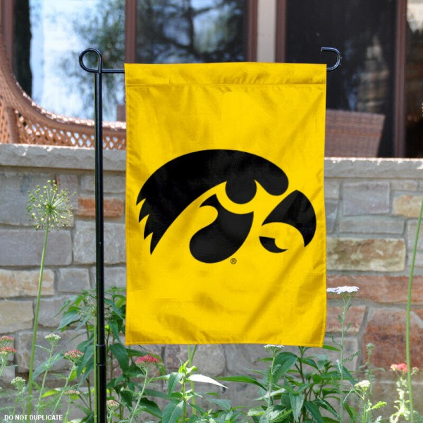 University of Iowa Garden Flag measures 13x18 inches, is made of thick polyester, and has dye sublimated university logos and lettering. Our University of Iowa Garden Flag is officially licensed by the NCAA and university garden flags are perfect for your garden, entranceway, mailbox, or window.