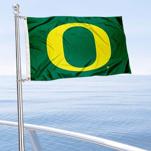 University of Oregon Boat and Mini Flag is 12x18 inches, polyester, offers quadruple stitched flyends for durability, has two metal grommets, and is double sided. Our mini flags for University of Oregon are licensed by the university and NCAA and can be used as a boat flag, motorcycle flag, golf cart flag, or ATV flag.