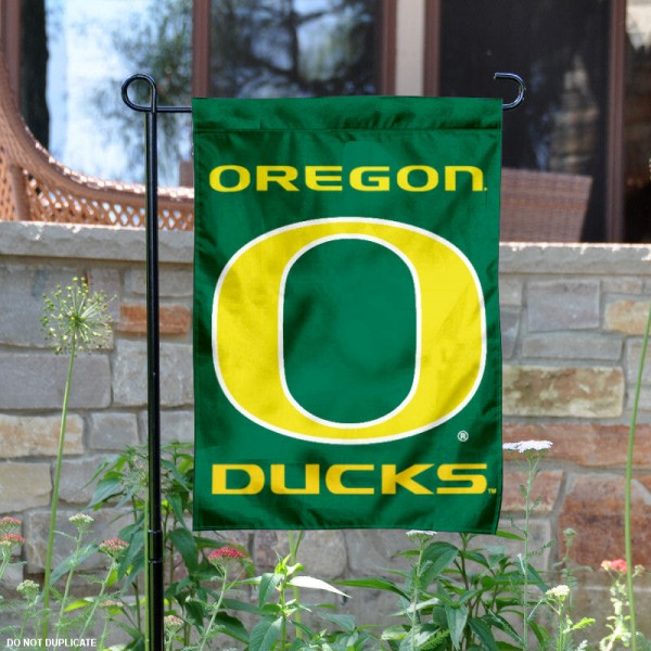 University of Oregon Ducks Garden Flag is 13x18 inches in size, is made of 2-layer polyester, screen printed Oregon Ducks athletic logos and lettering. Available with Same Day Express Shipping, Our University of Oregon Ducks Garden Flag is officially licensed and approved by Oregon Ducks and the NCAA.