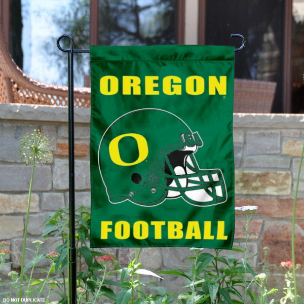 University of Oregon Football Helmet Garden Banner is 13x18 inches in size, is made of 2-layer polyester, screen printed Oregon Ducks athletic logos and lettering. Available with Same Day Express Shipping, Our University of Oregon Football Helmet Garden Banner is officially licensed and approved by Oregon Ducks and the NCAA.