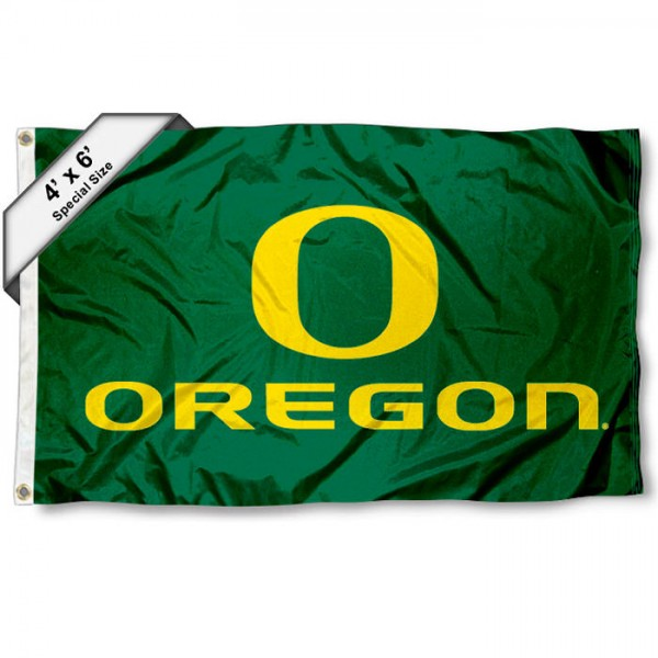 University of Oregon Large 4x6 Flag measures 4x6 feet, is made thick woven polyester, has quadruple stitched flyends, two metal grommets, and offers screen printed NCAA University of Oregon Large athletic logos and insignias. Our University of Oregon Large 4x6 Flag is officially licensed by University of Oregon and the NCAA.