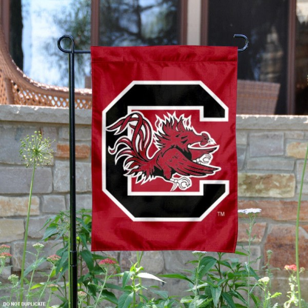 University of South Carolina Garden Flag is made of 100% polyester, measures 13x18 inches, and has screen printed NCAA School insignias and lettering. The University of South Carolina Garden Flag is approved by University of South Carolina and NCAA and university garden flags are great for your entranceway, garden, yard, mailbox, or window.