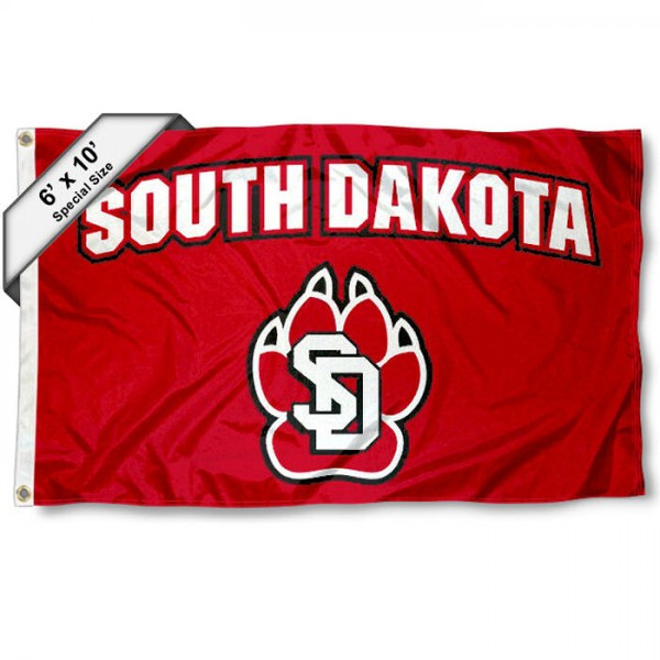 University of South Dakota 6'x10' Flag measures 6x10 feet, is made of thick poly, has quadruple-stitched fly ends, and University of South Dakota logos are screen printed into the University of South Dakota 6'x10' Flag. This 6'x10' Flag is officially licensed by and the NCAA.