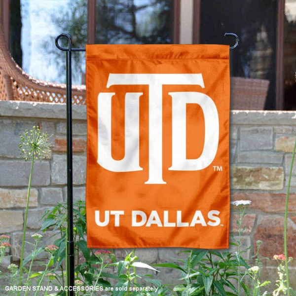 UT Dallas Comets Double Sided Garden Flag is 13x18 inches in size, is made of 2-layer polyester, screen printed university athletic logos and lettering, and is readable and viewable correctly on both sides. Available with same day shipping, our UT Dallas Comets Double Sided Garden Flag is officially licensed and team approved by the university and the NCAA.